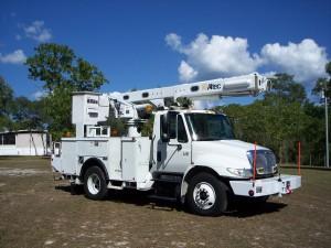 2007 INTERNATIONAL DURASTAR 4300 Bucket Truck - Boom Truck, Seminary MS - 122001678 - CommercialTruckTrader.com