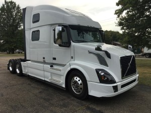 2018 VOLVO VNL64T780 Conventional - Sleeper Truck, Youngstown OH - 5000272977 - CommercialTruckTrader.com