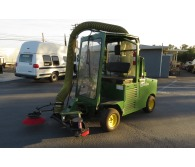 2006 Other MadVac 101D Diesel Street Parking Lot Sweeper - CommercialTruckTrader.com