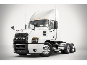 2019 MACK PINNACLE