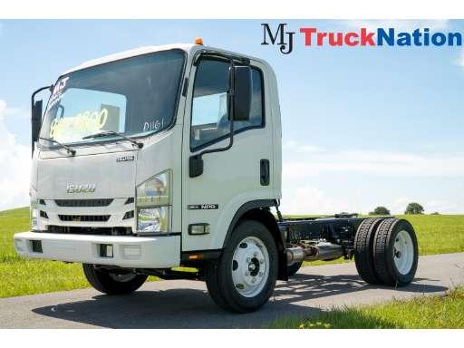 2019 ISUZU NPR BOX TRUCK - STRAIGHT TRUCK, CAB CHASSIS, LANDSCAPE TRUCK in  Riviera - Isuzu Landscape Truck Trucks For Sale