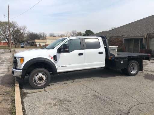 2017 Ford F550 XL Flatbed Truck