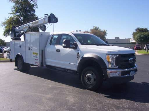 Larry Roesch Ford >> F550 Crane Trucks For Sale