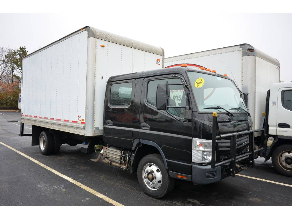 2013 Mitsubishi Fuso Canter FE160 Crew Cab For Sale in West Babylon, NY -  Commercial Truck Trader