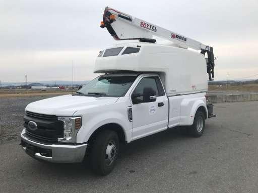 2019 FORD F350 Bucket Truck - Boom Truck