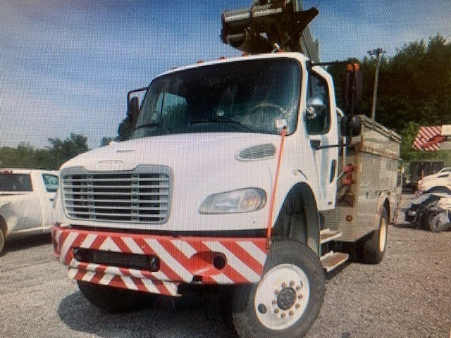 Used, 2007, FREIGHTLINER, BUSINESS CLASS M2 106, Bucket Truck - Boom Truck