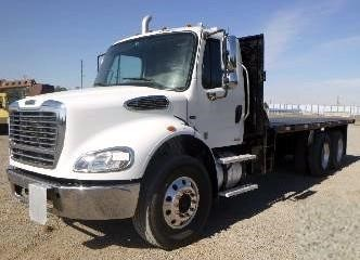 Used, 2011, FREIGHTLINER, BUSINESS CLASS M2 112, Flatbed Truck
